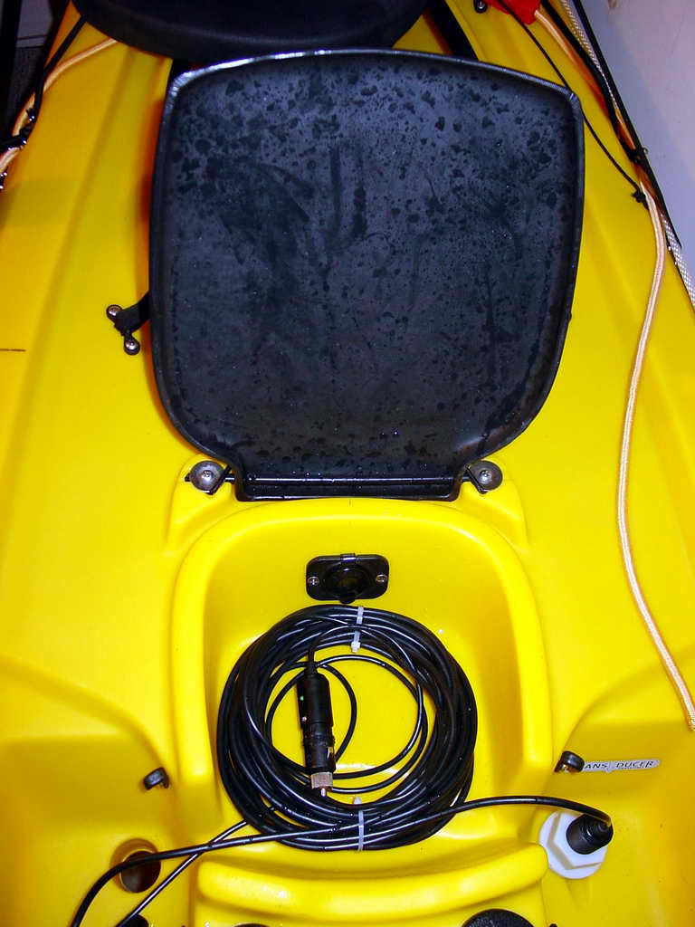 Kayak fishing for Battery powered fish finder